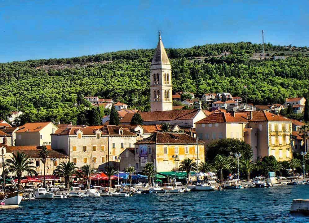Supetar guia de turismo y viajes de croacia for Oficina de turismo croacia